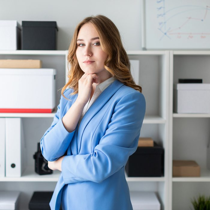 girl-young-business-businesswoman-office-stands-1456585-pxhere.com_